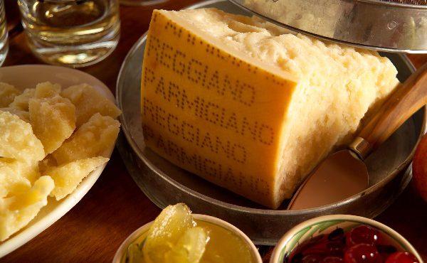 Vendere Parmigiano Reggiano e Formaggi Tipici Online [Esempio]