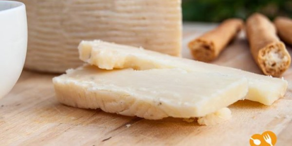 formaggio-semi stagionato